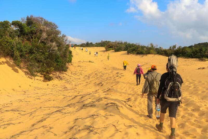 Hành trình băng qua đồi cát - Cung Trekking Miền Nam tại Mũi Đôi Cực Đông