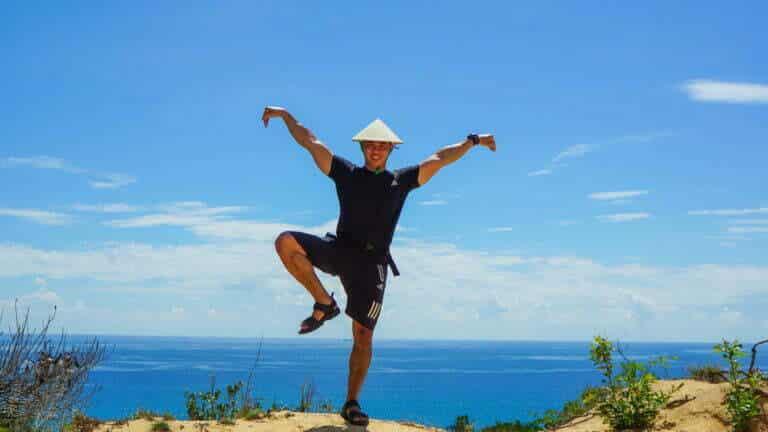 """Rèn luyện sức khỏe để sẵn sàng """"đối đầu"""" với những gian nan của hành trình - Trekking một mình an toàn"""