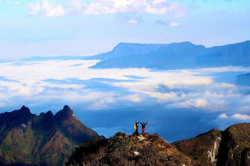 Lựa chọn thời điểm thích hợp cho chuyến đi đến đỉnh Bạch Mộc Lương Tử nhé