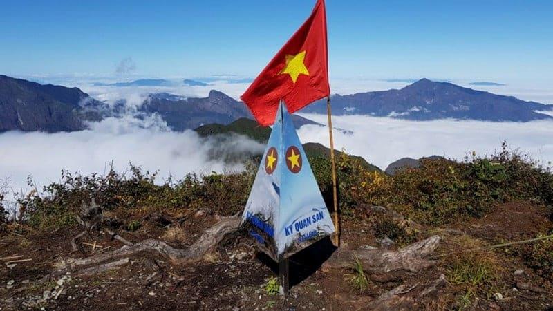Bạch Mộc Lương Tử - Kỳ Quan San đứng thứ 4 trong top 10 đỉnh núi cao nhất Việt Nam
